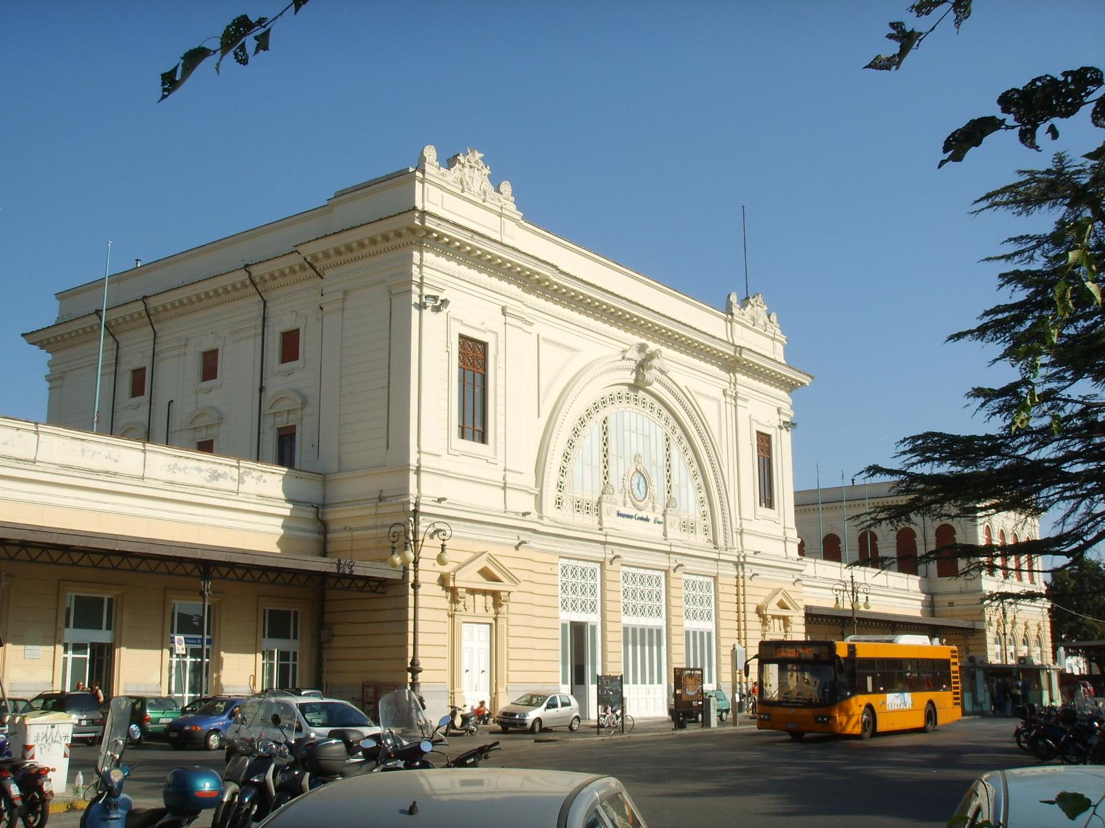 Stazione_di_Livorno_