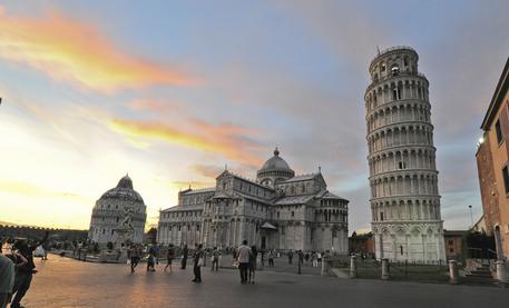 torre di pisa piazza miracoli