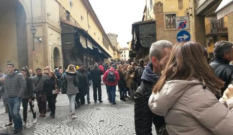 Pasqua Firenze turisti Ponte Vecchio