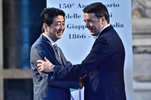 Renzi meets Shinzo Abe