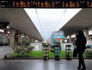 La-stazione-di-Santa-Maria-Novella-a-Firenze
